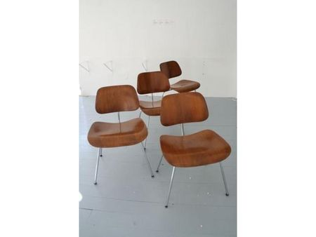 Dining_chair_metal