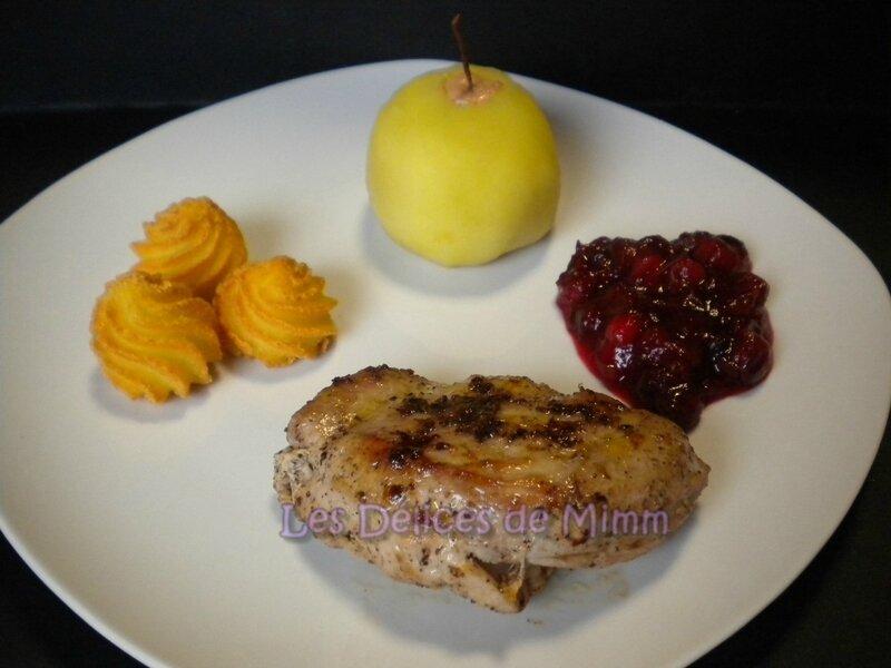 Pommes pochées au foie gras