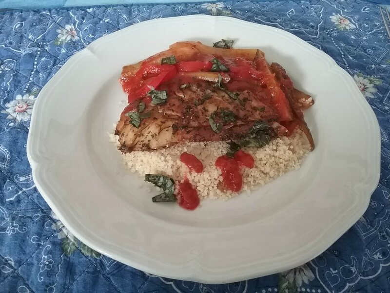 Filets de cabillaud à la plancha et à la tomate et aux herbes de Provence 1