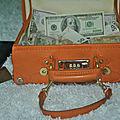 Valise magique qui produit de l'argent