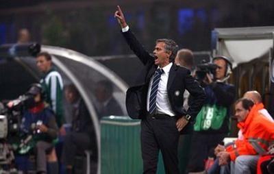 Mourinho_prolonge_actus