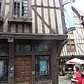 TROYES 152