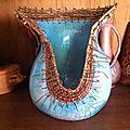 Pot congo: raku et vannerie des bords du fleuve congo(montage cuivre soleil)