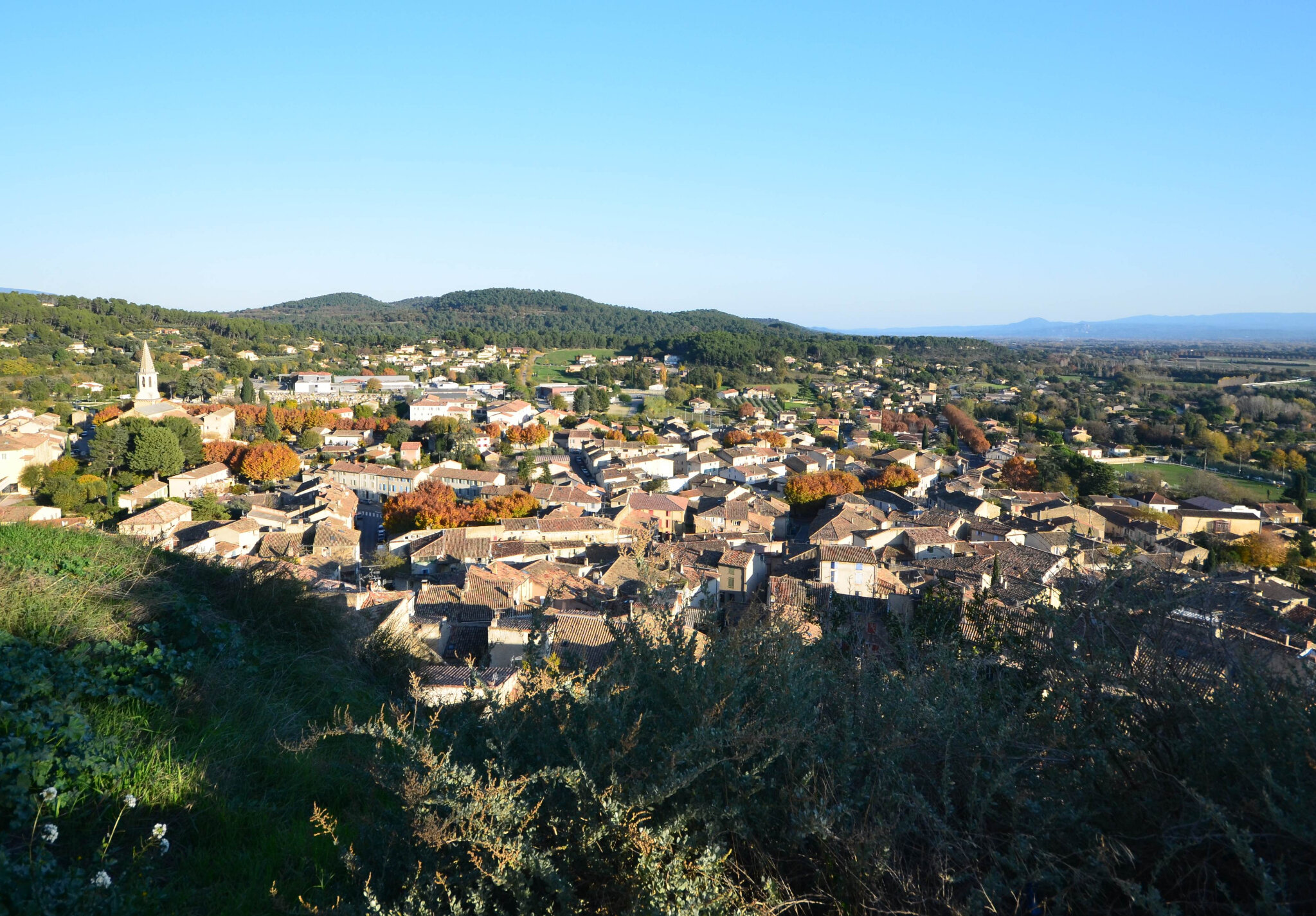 Cadenet et son village troglodytique