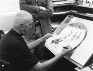Milt Kahl montre des dessins du coq Adam de la Halle à Roger Miller, la voix originale du personnage