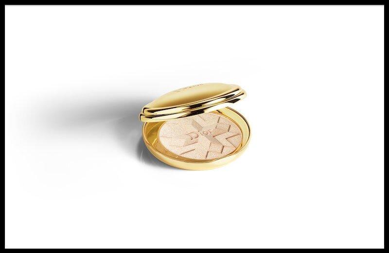 8abdb60fbc3 dior golden shock gold shock. Dior - Diorific Golden Shock. Poudre Compacte  Lumière ...