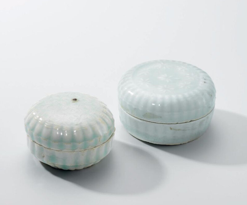 Two Qingbai chrysanthemum-shaped boxes and covers, Song dynasty (960-1279)