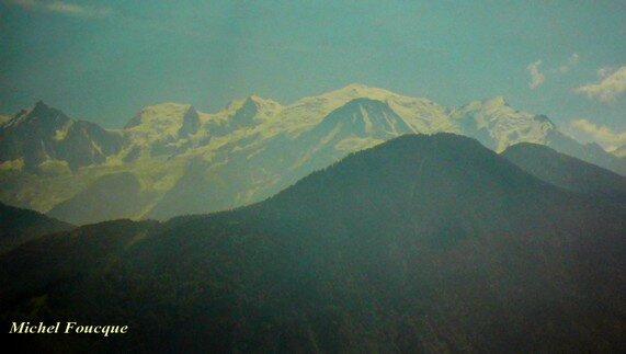1119) vue en montant au plateau d'Assy
