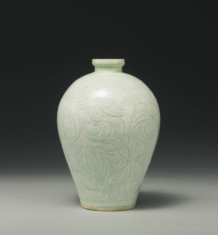 A rare carved 'Qingbai' 'daylily' vase (meiping), Southern Song Dynasty