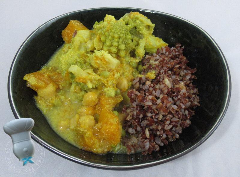 Curry de courge, romanesco et pois chiches