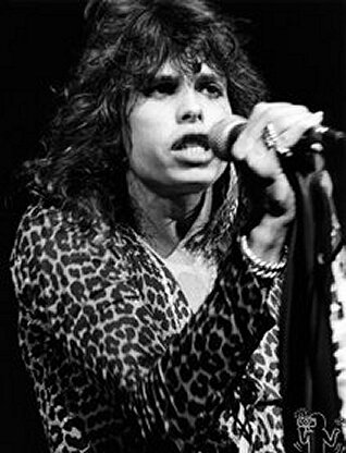 1976 11 01 Aerosmith Pavillon de Paris (4)