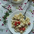 Salade de semoule, poulet et olives vertes