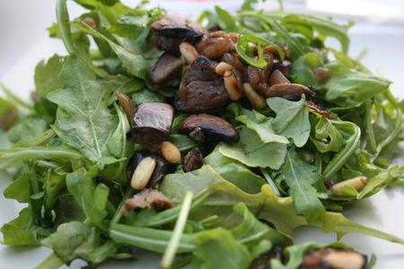 salade_de_roquette_aux_l_gumes_croquants_4