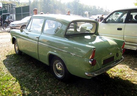 Ford_anglia_106E_deluxe_de_1962__28__me_bourse_d__change_de_Lipsheim__02