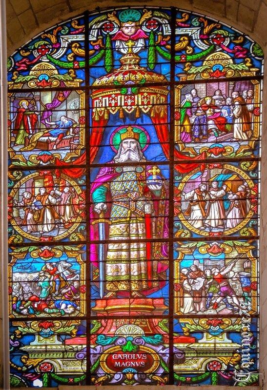 Vitrail a la gloire de Charlemagne Saint Florent du Mont-Glonne (2)