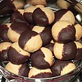 Biscuits aux amandes enrobage chocolat
