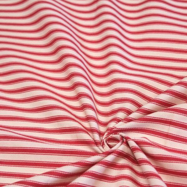 tissu-toile-a-matelas-coton-carnac-ecru-aux-rayures-rouges