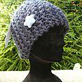 Atelier tricot d'un bonnet