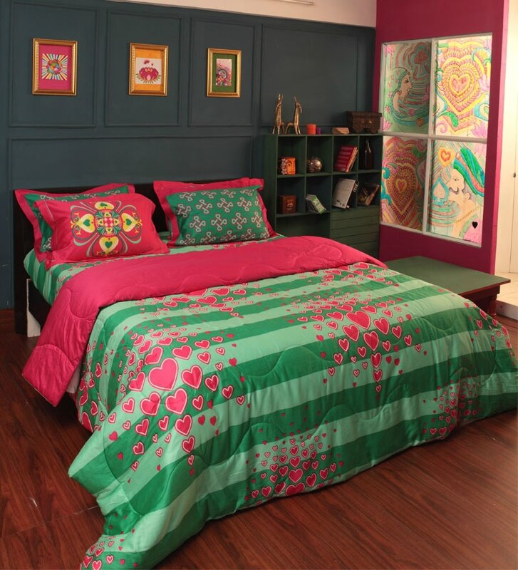 Portico-Manish-Arora-Green-and-Pink-Heart-collection-Double-Bed-Sheet-8901896626836-1362377603F6bvC9