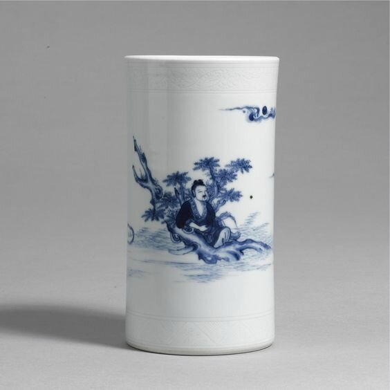 A blue and white slender cylindrical brushpot, Transitional period, circa 1640