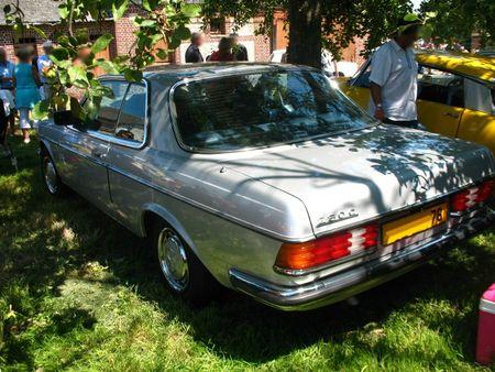 Mercedes230Car1