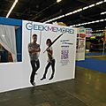 Stand Geekmemore