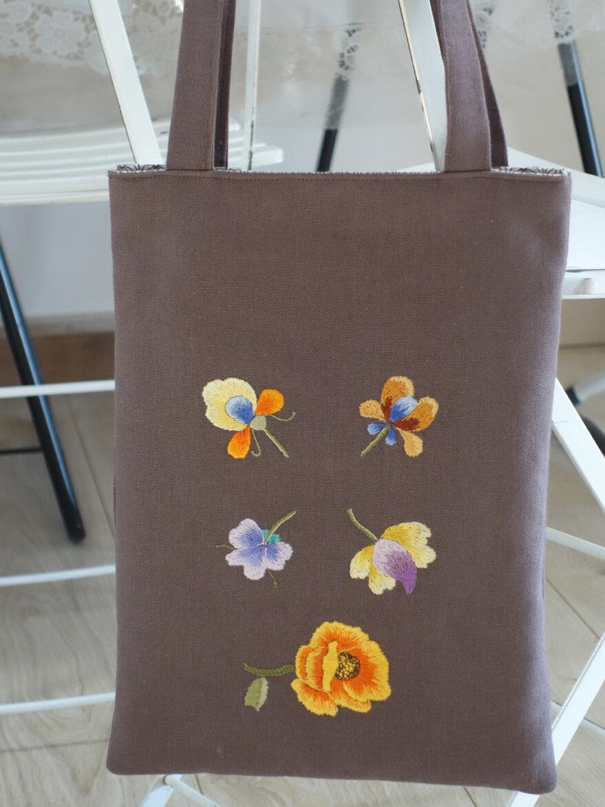 sac fourre-tout, tote marron peinture à l'aiguille