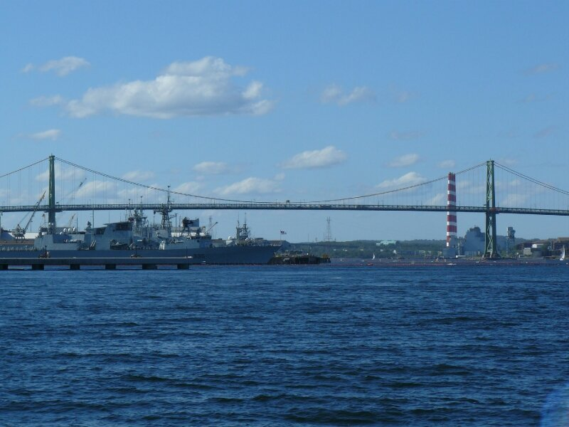 2010-09-05 Halifax 740 (220)