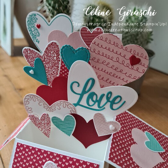 Carte Pop Up Coeurs à foison -4b