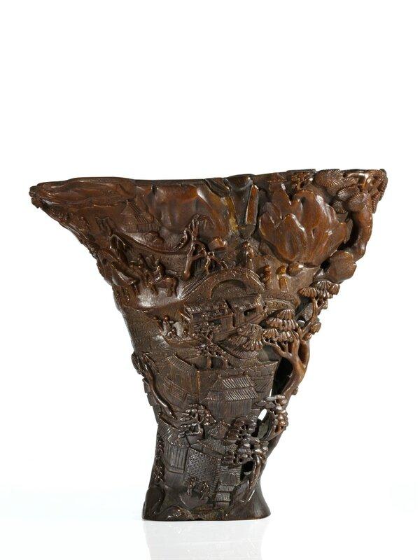 Importante coupe libatoire en corne de rhinocéros sculptée, Chine, dynastie Qing, fin du XVIIe-début du XVIIIe siècle
