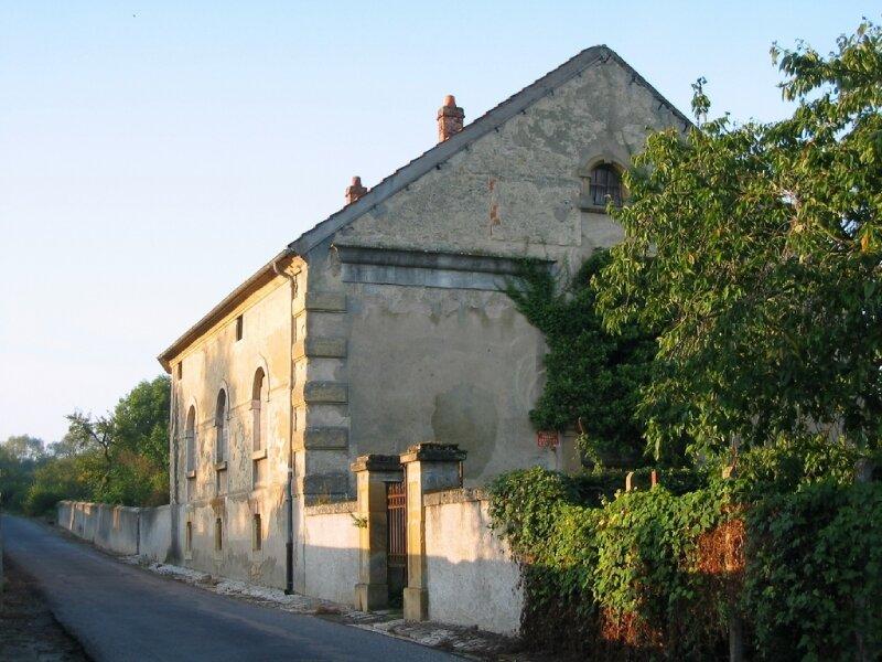 Courcelles-Chaussy_1021_Ancien-temple-des-Huguenots-encore-appele-la-S