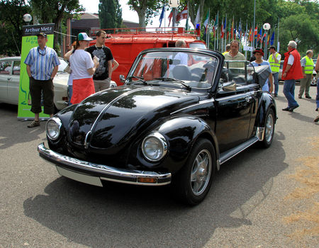 Vw_coccinnelle_1303_cabriolet__Retrorencard__01