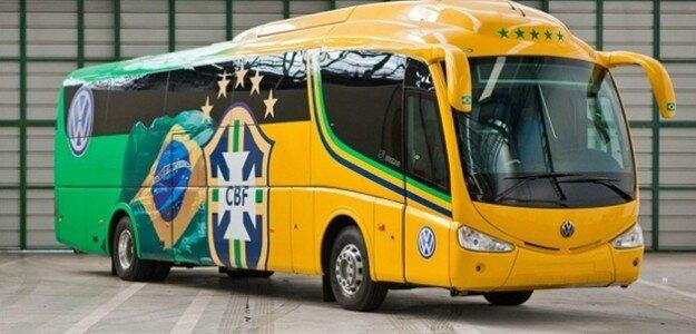 Autobus-Brazílie-na-MS-vo-futbale-2014-aporelmundial