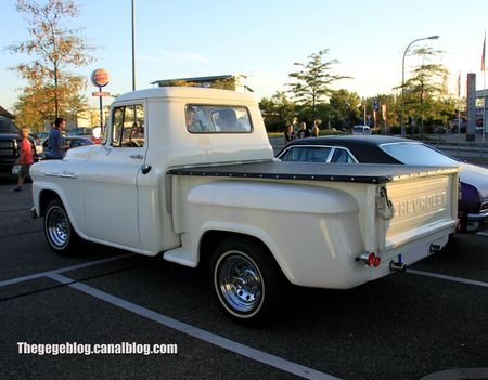 Chevrolet apache 31 stepside de 1958 (Rencard Burger King septembre 2012) 02