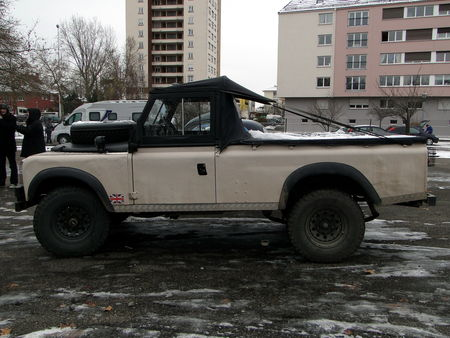 LAND_ROVER_109_s_rie_III_Pickup___Retrorencard 2