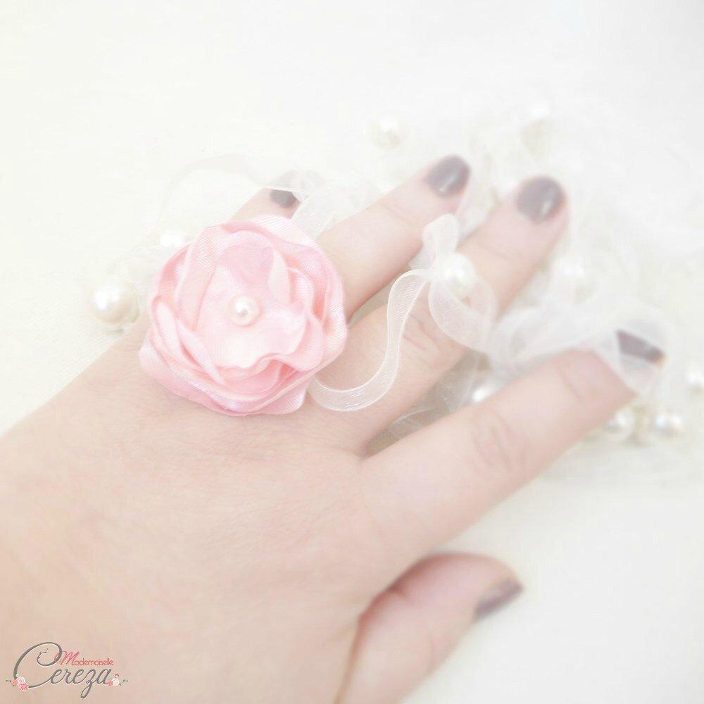 bague-fleur-cadeau-femme-témoin-rose-perle-bijou-mariage-mademoiselle-cereza-deco-1