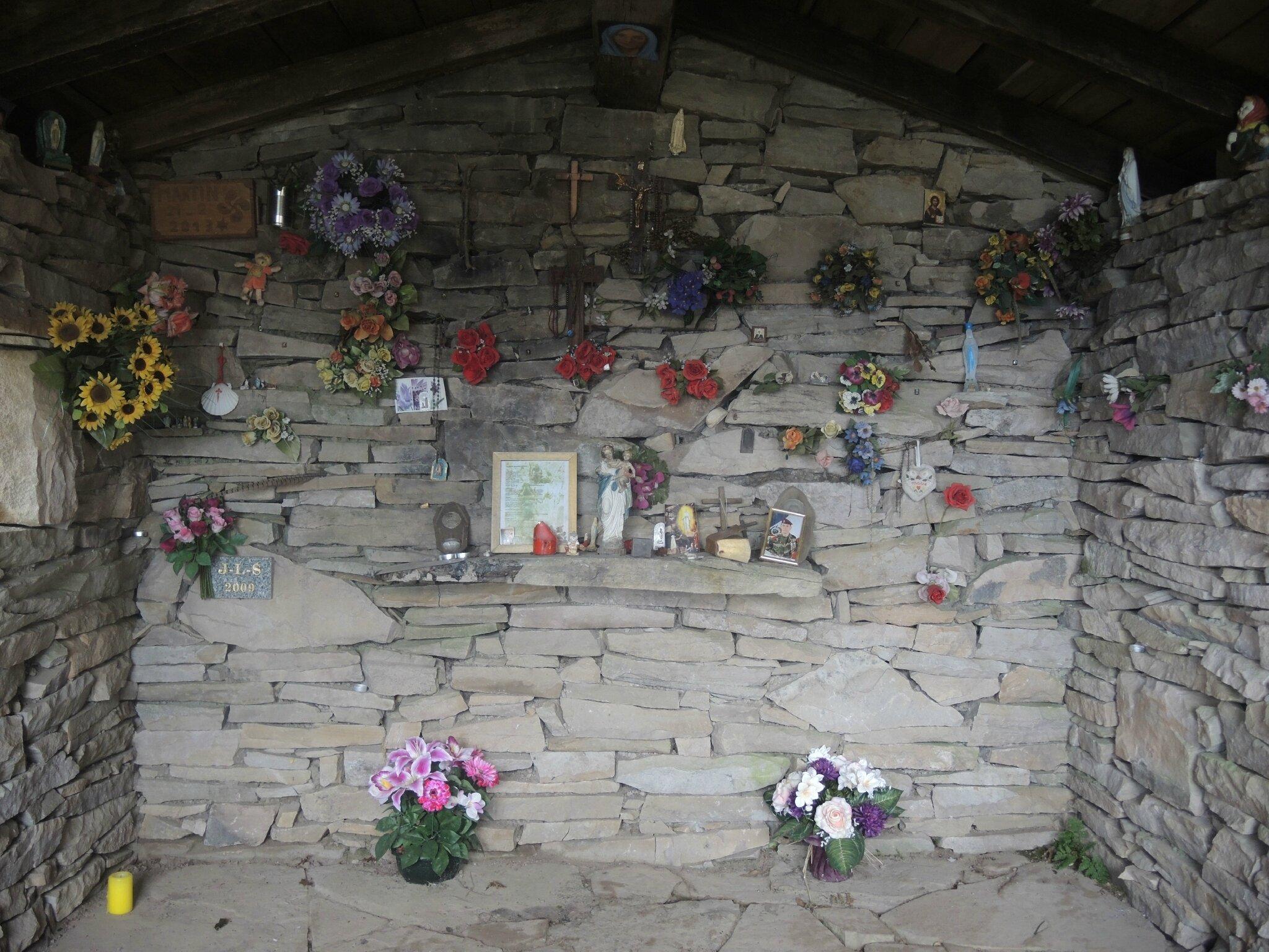 La Rhune, chapelle, intérieur (64)