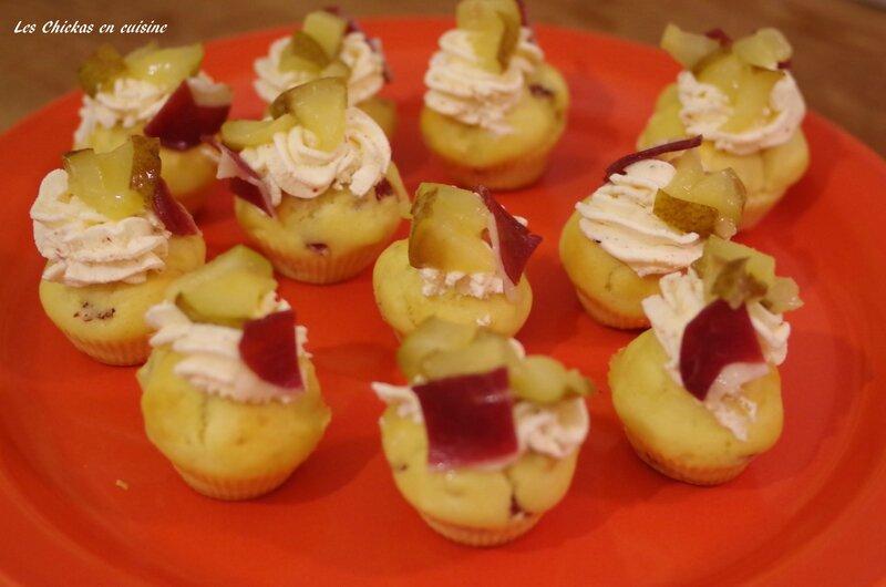 Mini cupcake magret d'oie fumé, piment et poire (6)