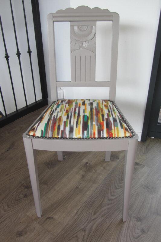 chaise art déco retapissée par côté sièges