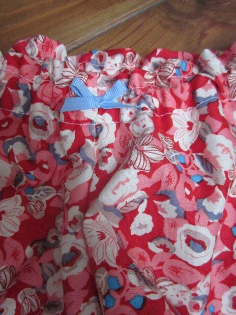 Culotte BIANCA en coton rouge fleuri beige gris ciel - noeud gros-grain ciel (3)