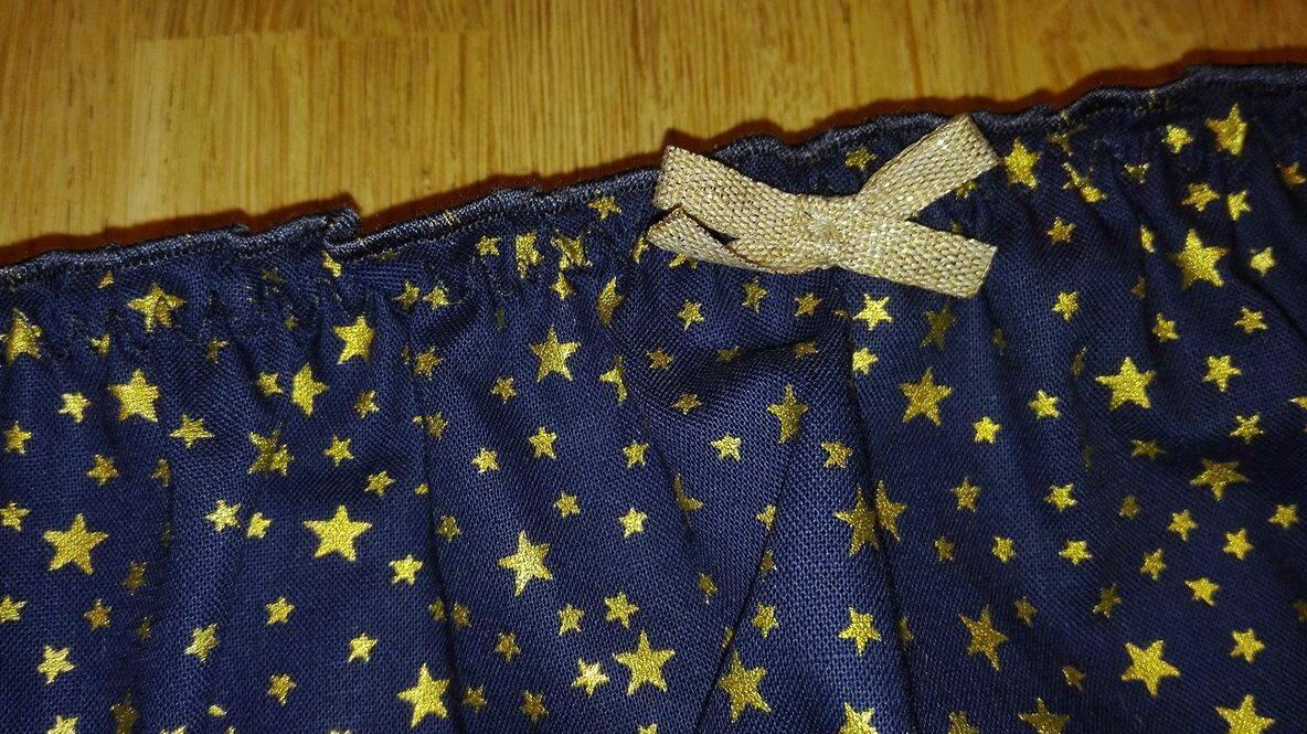 Culotte CHARLOTTE en coton marine à étoiles or - noeud or - taille L (2)