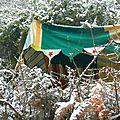 neige sur le camp de toiles