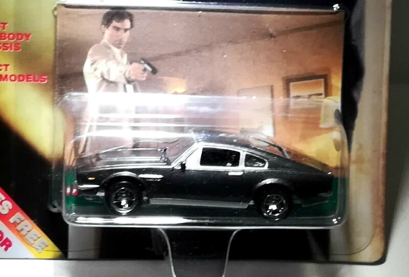 Aston Martin Lagonda (Collection James Bond) Corgi 01