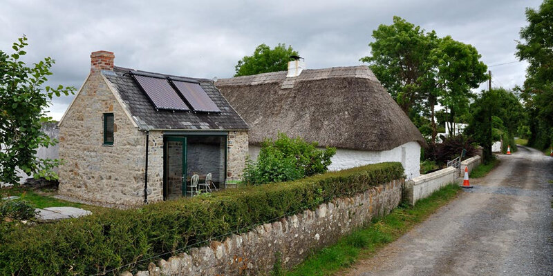 Thatched-Cottage-03