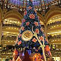 post (2) le grand sapin des galeries lafayette a paris