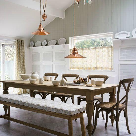 la cuisine et les etageres (1)