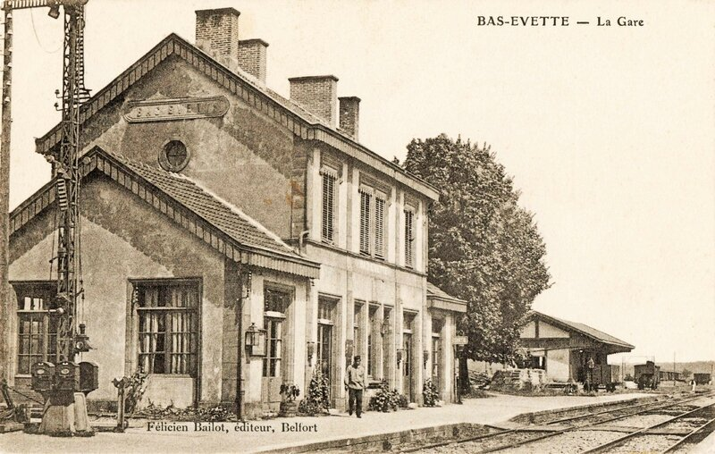 CPA Bas-Evette Gare img465c