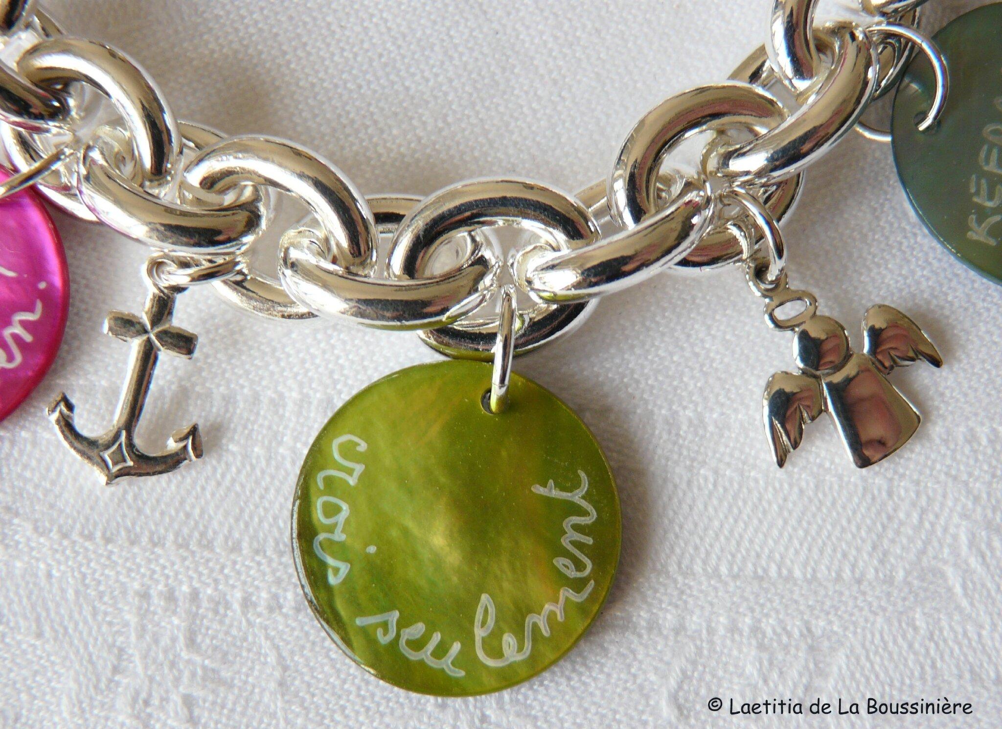 Bracelet Mots doux et breloques (2)