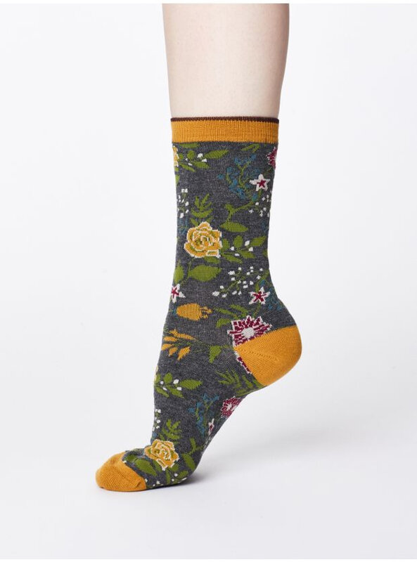 spw336-mid-grey-marle_spw336-mid-grey-marle--garden-floral-print-socks-in-bamboo-0007
