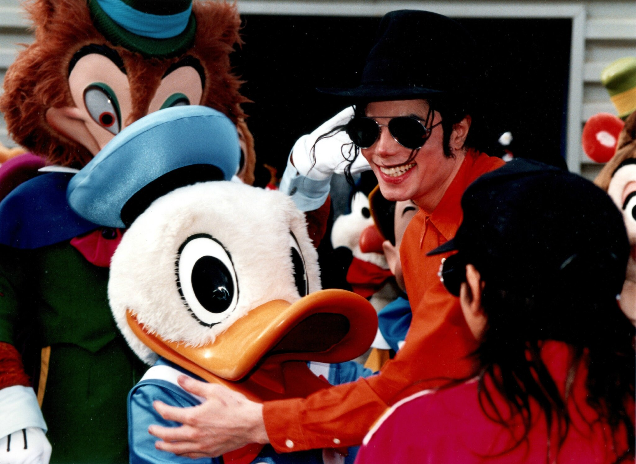 MJ-at-DIsneyland-Paris